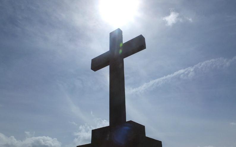 Ihr denkt, dass den Mormonen das Kreuz nichts bedeutet? Denkt noch einmal darüber nach.