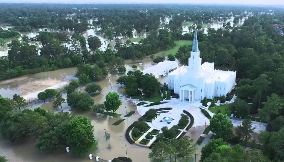 Jahrhunderflut in Texas erreicht auch den Houston Texas Tempel