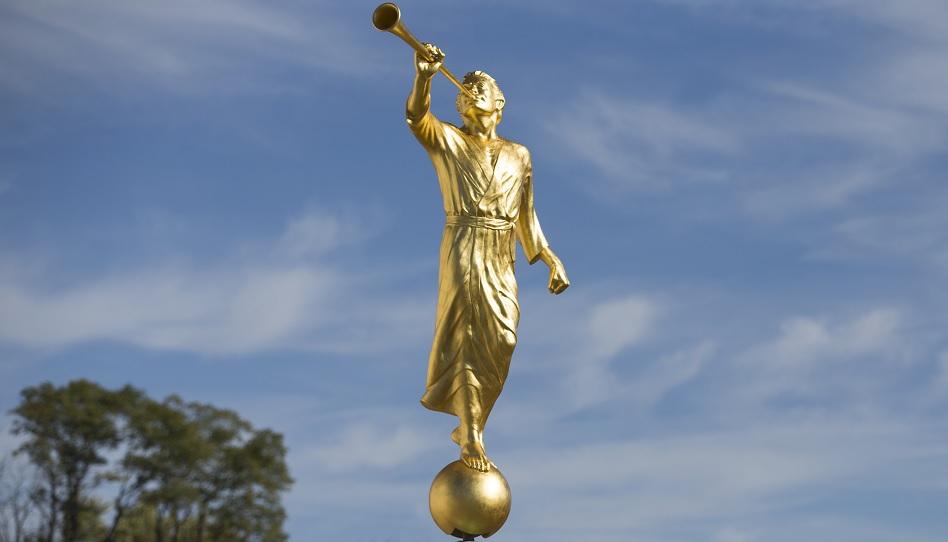 23 Dinge, die du nicht über die Engel Moroni Statue wusstest