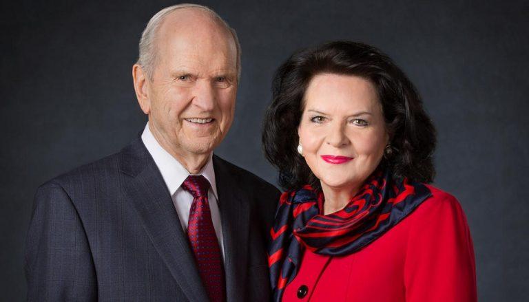 Präsident Russell M. Nelson Wendy Watson Nelson