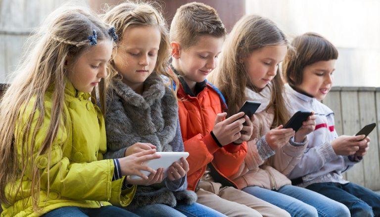 Kinder kleben am Bildschirm: Wie schicke ich sie nach draußen