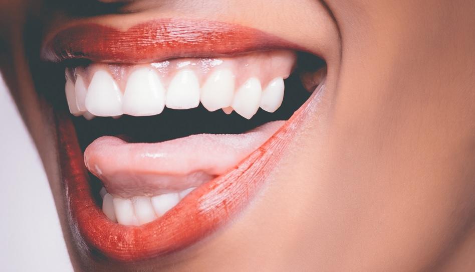 Was bedeutet es, Leichtfertigkeit und lautes Gelächter zu meiden?