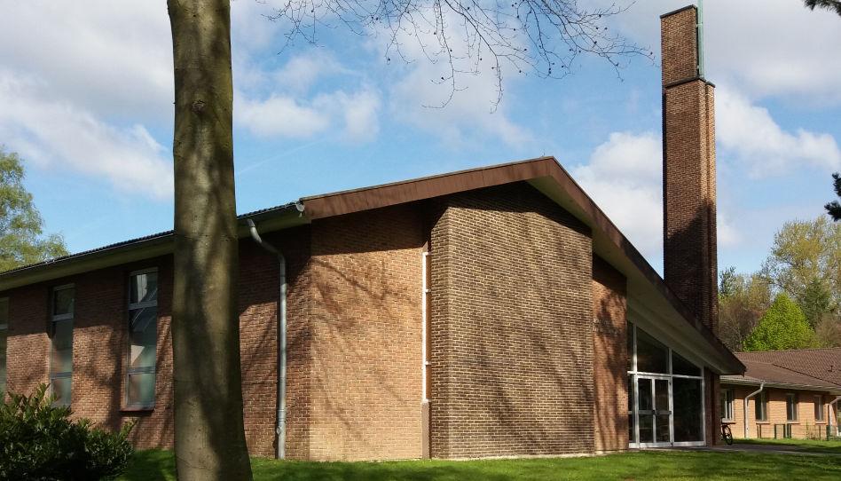 Zu sehen ist das Gemeindehaus Dortmund der Kirche Jesu Christi der Heiligen der Letzten Tage, das, laut des Berichts von Enzio Busche, mithilfe von Engeln (fristgerecht) fertigstellt wurde.