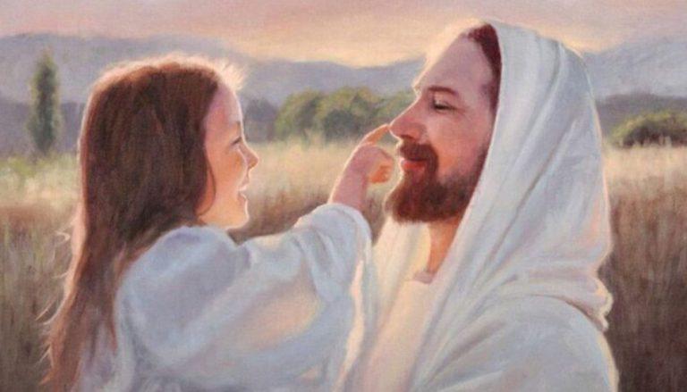 """In diesem Beitrag geht es um Kinder, die eine Begegnung mit Jesus hatten. Darum ist ein Ausschnitt des Gemäldes """"Gentle Touch"""" von Karen Sharp Foster zu sehen, auf welchem Jesus ein junges Mädchen auf dem Arm hält, das Ihm zulächelt und mit dem Zeigefinger Seine Nase berührt."""