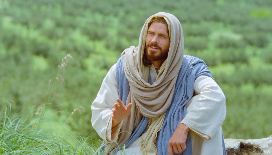 Wie wäre es wohl, Jesus zu begegnen? Auf diesem Bild sieht man Jesus Christus sitzend auf einer Weise, als sei er im Gespräch.