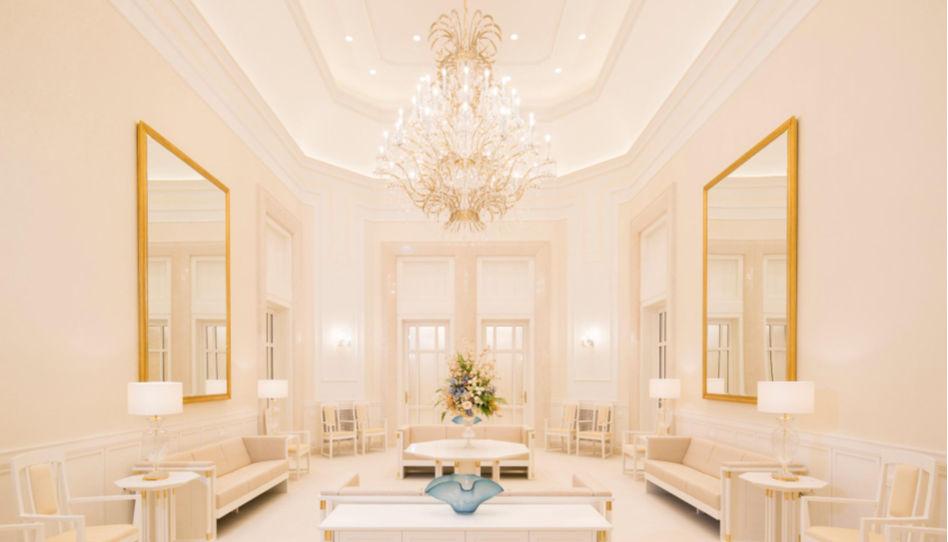 Auch der celestiale Saal war während der Tage der offenen Tür am Tempel in Friedrichsdorf allen offen. Hier ist ein Foto dieses Raumes zu sehen.